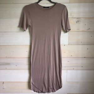 mauve fitted t-shirt dress
